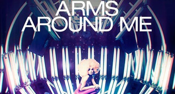 Hard Rock Sofa & Skidka - Arms Around Me