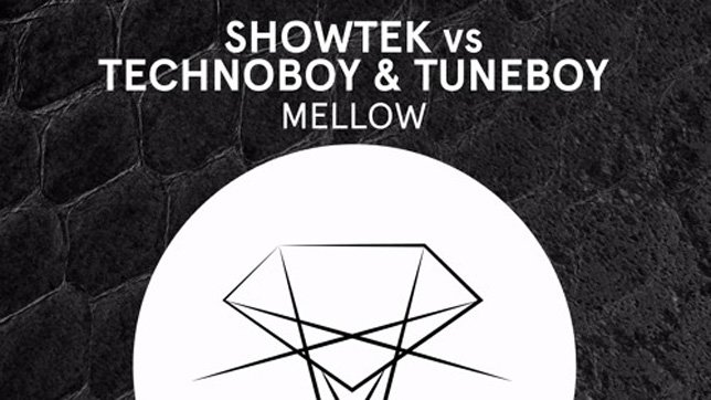 Showtek vs. Technoboy & Tuneboy - Mellow
