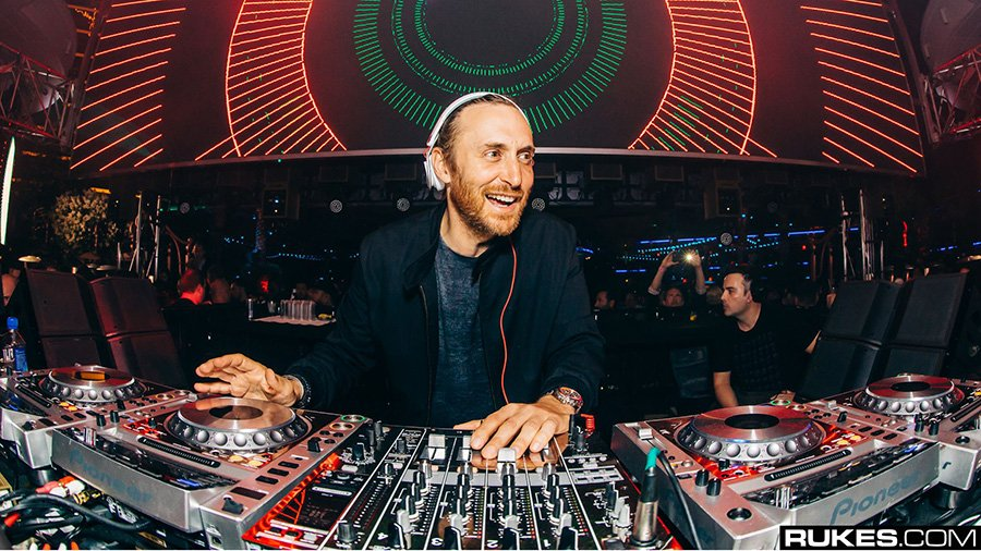 David Guetta: wechselt zu Scooter Brauns Management